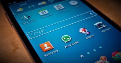 WhatsApp Status Android Smartphone